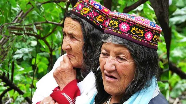 হুনজা উপজাতি ৯০-এ বাবা হওয়ার ক্ষমতা রাখেন