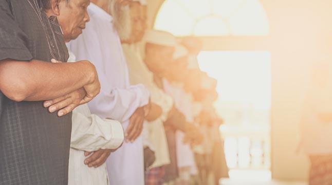 নামাযের গুরুত্বপূর্ণ ৫ উপকারিতা