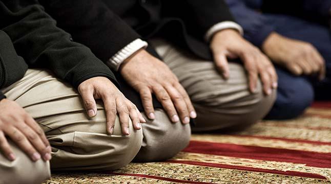 মসজিদে যেতে উত্তম পোশাক পরিধান করুন