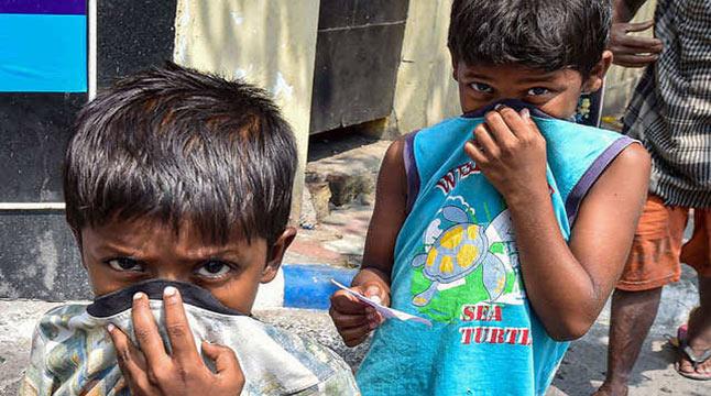 'করোনাকালে পরিবারের উপার্জন সংকটে ক্ষুধার্ত ১১ কোটি শিশু'