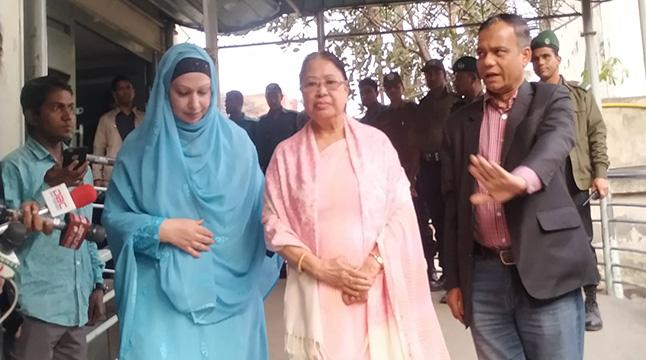 'গায়ে প্রচণ্ড জ্বর-ব্যাথা, খেলেই বমি করছেন খালেদা জিয়া'