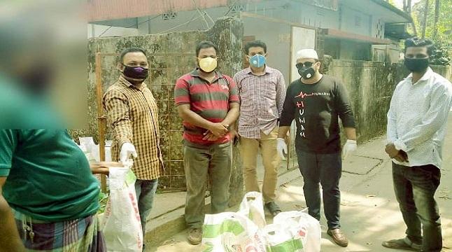 করোনায় দুস্থদের পাশে 'ঠিকানা ক্লাব'